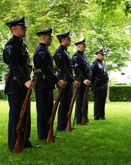 Memorial Day 2012 1_thumb.jpg